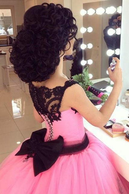 Gothic Black Lace Appliques Pink Ball Gowns Wedding Dress 2016